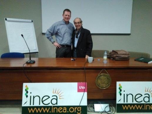 Asistimos a la conferencia del Profesor Pinheiro